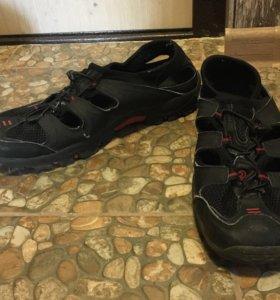 Кроссовки-сандали