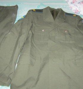 Военный cолдатский парадный костюм
