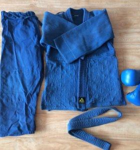 Кимоно+боксерские перчатки