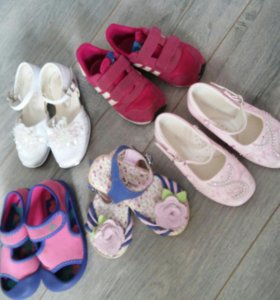Обувь девочке 23- 24 размер