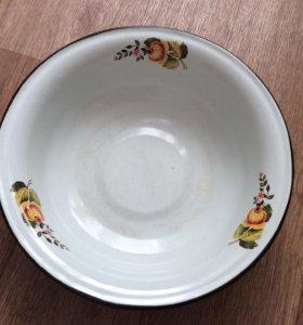 Тарелка эмалированная, большая, 32 см. диаметр