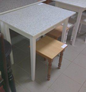 Столы обеденные,малые