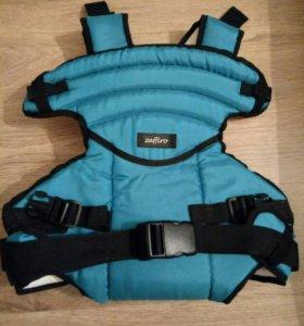Рюкзак-переноска для малышей.