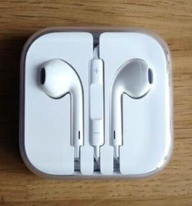 iPhone. Apple air pods.