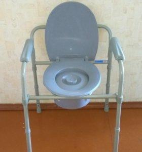 Передвижной стул-унитаз