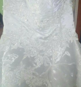 Продам свабедное платье