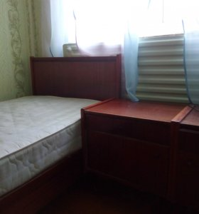 Кровать(2шт.), тумбочки (2шт.), шкафы (2шт)