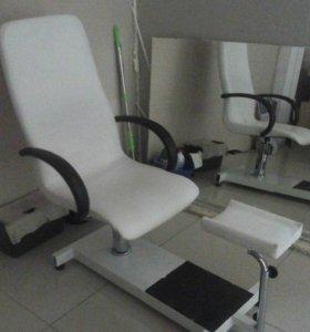 Термоодеяло,педикюрное кресло,парикмахерское место
