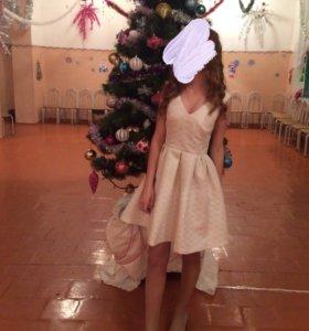 Платье . Befree