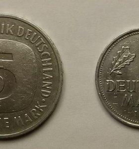 Монеты 1 и 5 немецких марок