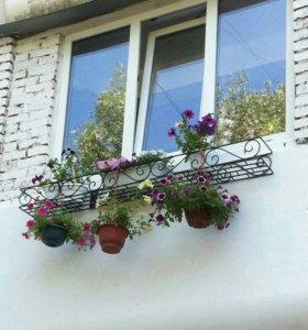Подставки под цветы с элементами холодной ковки