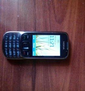 Телефон Nokia 6303ci