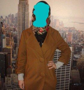 Пальто 40-46 размер.