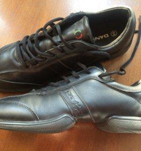Джазовки, кроссовки, обувь для танцев, кожанные.