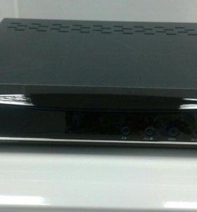 ST-DVR-0884 DA VINCI 8-и канальный видеорегистрато