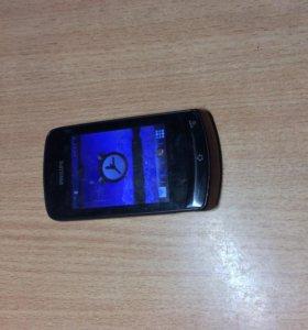 Телефон Philips 2 sim