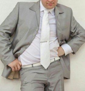 Костюм плюс галстук и рубашка
