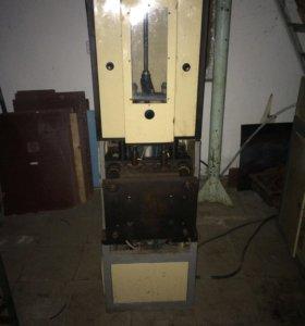 Пэт бутылки, машина для изготовления пвб-700