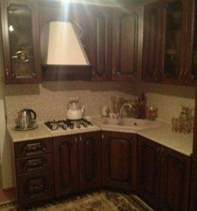 Кухонный гарнитур,варочная панель ,вытяжка