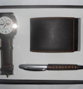 новый подарочный набор: часы, визитница, ручка