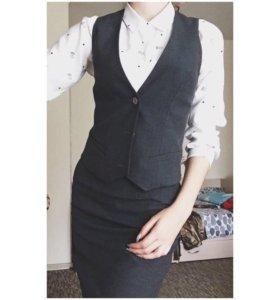 Школьный костюм (жилетка+юбка)