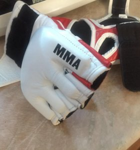 Перчатки MMA на липучке