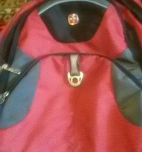 Рюкзак швейцария оригинал(в идеальном состоянии)