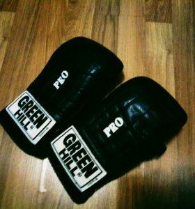 Боксерские перчатки Green Hill Pro снарядные