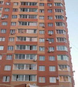 Квартира, 3 комнаты, 82.6 м²
