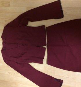 Костюм! ( блузка (пиджак) и юбка!)
