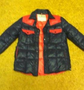 Куртка от фирмы : MONCLER®