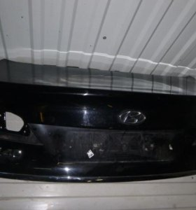 Крышка багажника для Hyundai i40