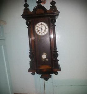 Часы маятниковые с боем