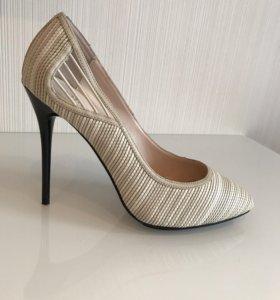 Туфли женские, р 38