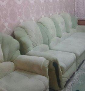 Угловой диван с креслами