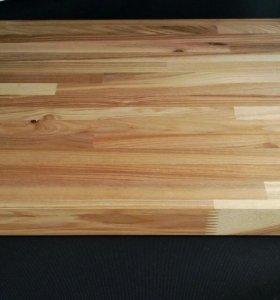 Разделочная доска из дерева для кухни
