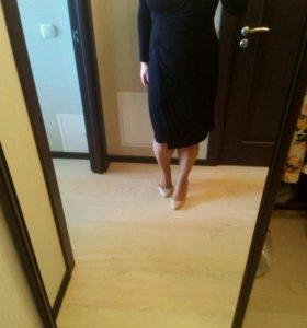 Платье черное 48 р.