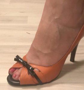 Босоножки туфли 39р