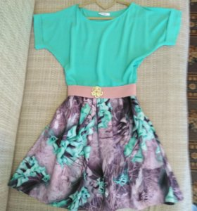 Платье  размер 44—46