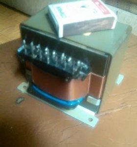 Трансформатор понижающий 200 ватт