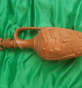 Старая бутылка от грузинского вина