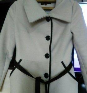 Пальто для шикарной женщины