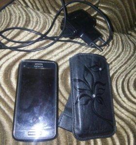 Телефон Nokia C6