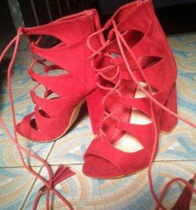 Босоножки туфли замша новые