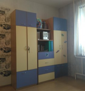 Мебель для детской комнаты (комплект)