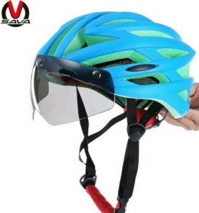 Шлем с визором и без