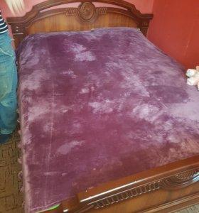 Срочно продам кровать матрас