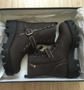 Новые ботинки Loriblu зима р.36
