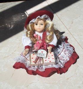 Коллекцыоная кукла