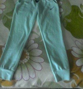 Спортивные штаны, размер м